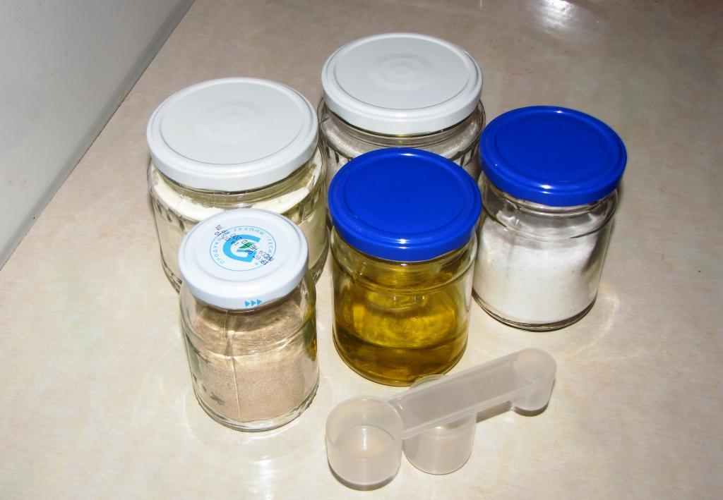 Инструменты и приспособления для выпечки